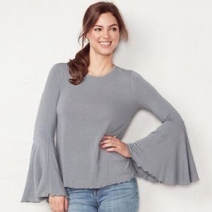 LC Lauren Conrad Weekend Flare Sleeve Top Gray